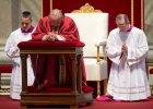 """Papie� odprawi� nabo�e�stwo M�ki Pa�skiej. """"Tym razem nie my�lmy o g�odzie, ub�stwie, wyzysku najs�abszych..."""""""
