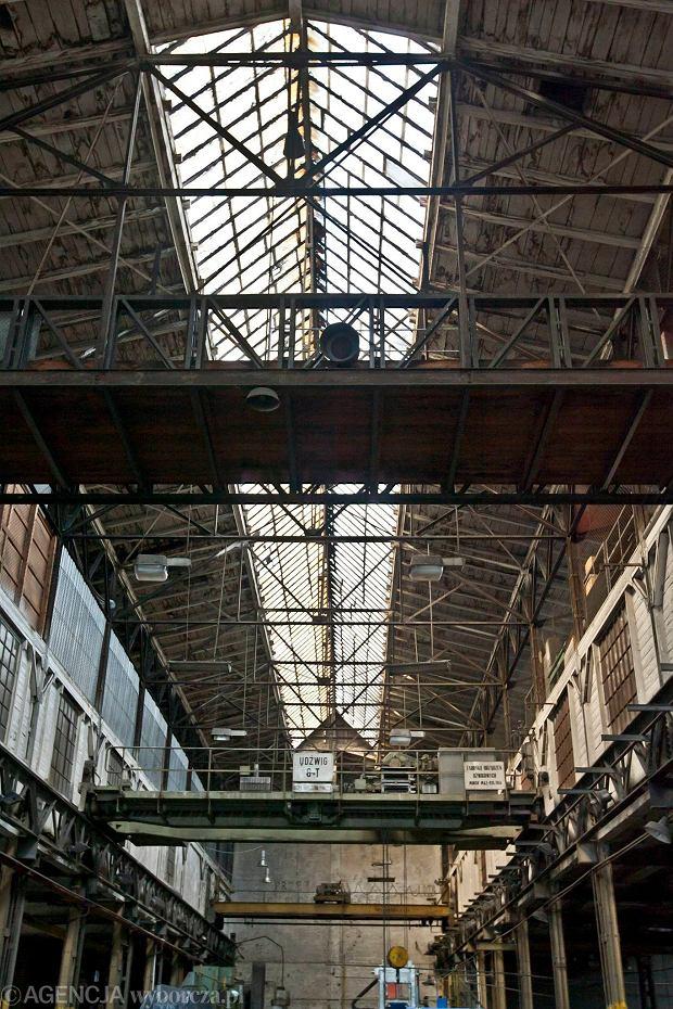 Zdjęcie numer 15 w galerii - Zwiedzali 150-letnią fabrykę obrabiarek na Wilczaku [ZDJĘCIA]