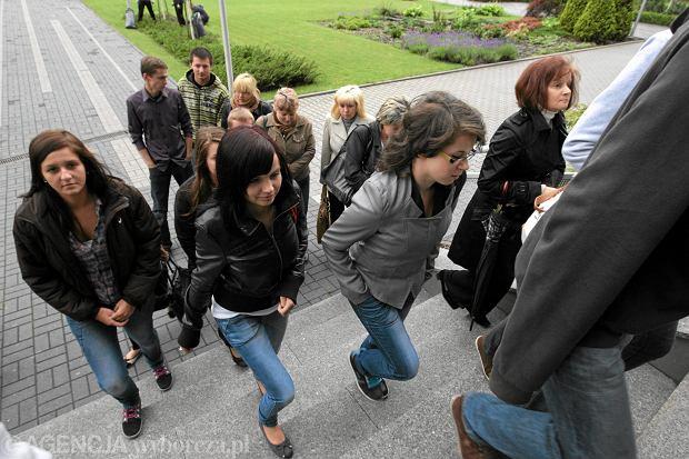 Maturzy�ci z Ostrowca chc� prawa do obrony. Ich spraw� zajmie si� Trybuna� Konstytucyjny