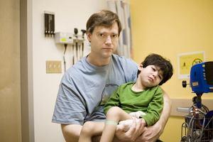 Koniec dramatu dzieci z porażeniem mózgowym. Po prawie pięciu miesiącach doczekały się podpisu z NFZ