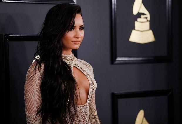 Demi Lovato na gali Grammy wygrała konkurs na najodważniejszą kreację. Uwierzcie, wcale nie przesadzamy.
