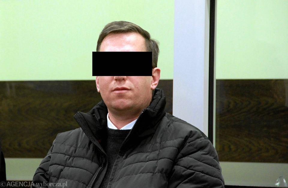 Ksiądz-pedofil Paweł K., który przez 10 lat gwałcił chroniony przez biskupów - został skazany za gwałt na 7 lat i dostał dożywotni zakaz pracy z dziećmi. Wrocław, 20 stycznia 2014