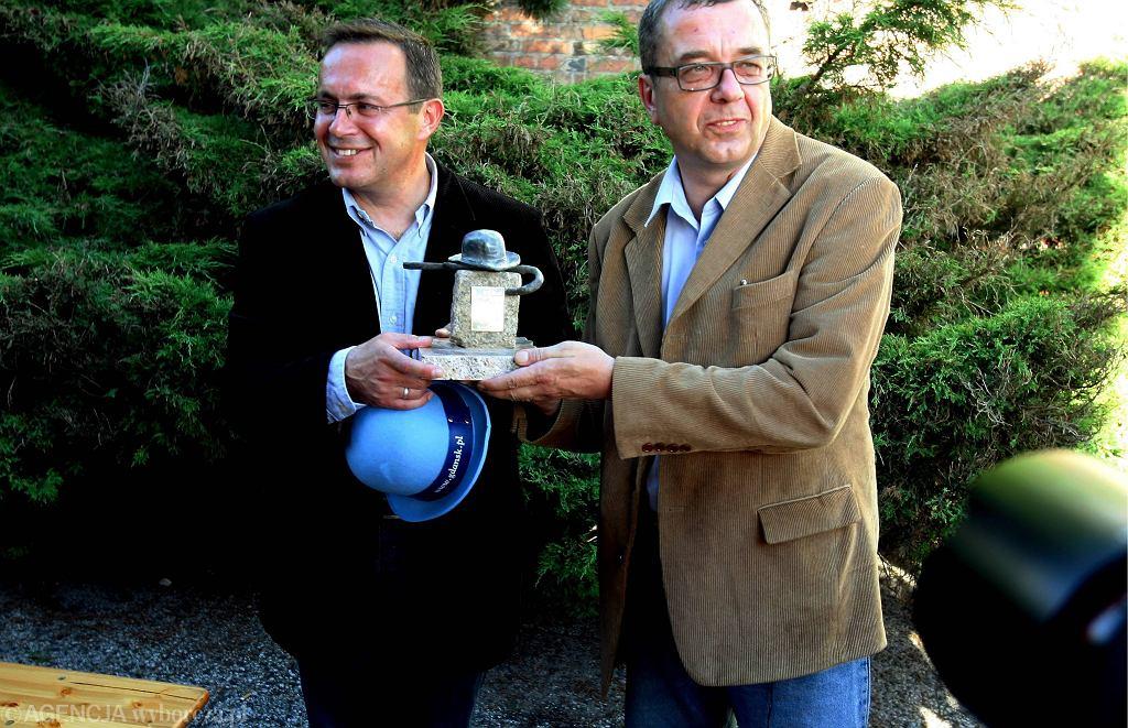 2006 r. Wtedy Grzegorz Miecugow prowadził program z Tomaszem Sianeckim (fot. Dominik Sadowski / Agencja Gazeta)