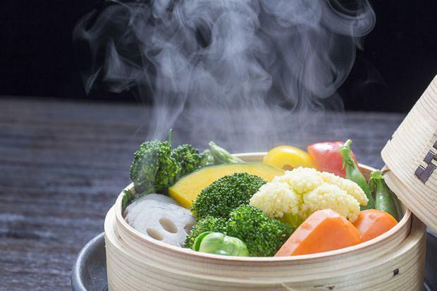 Dlaczego gotowanie na parze jest zdrowe