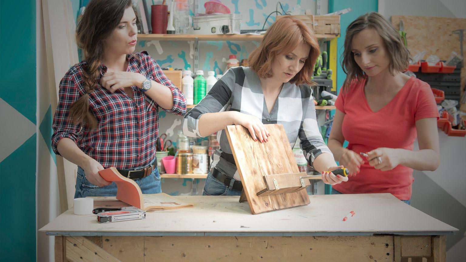 Majsterki. Od lewej: Barbara Sowa, Alicja Rzeczkowska i Sylwia Czubkowska