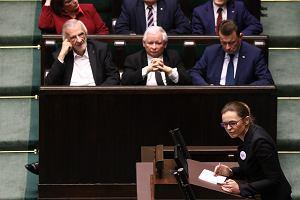"""Farsa w Sejmie. Nawet Kaczyński był przeciw odrzuceniu, ale  projekt """"Ratujmy kobiety"""" przepadł przez opozycję"""