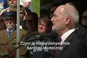 """Formują się """"wojska Macierewicza"""". Szef MON odebrał ślubowanie od żołnierzy OT"""
