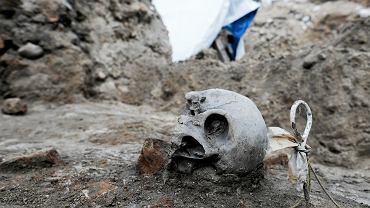 Prace archeologiczne pod dawnym parkingiem . Poszukiwanie dawnej Kolegiaty Marii Magdaleny