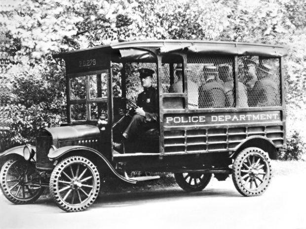 Ford Model T w roli autobusu