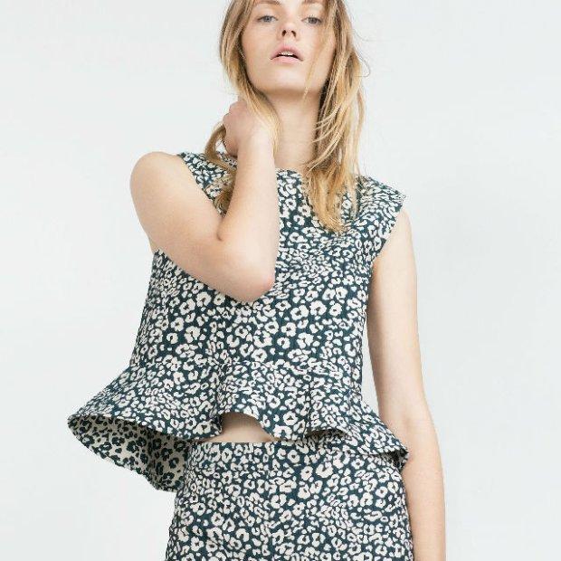 9bf3e031f00633 Modny detal: sukienki, spódnice i bluzki z baskinką