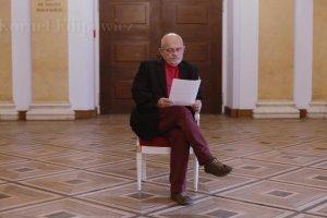 """Adam Ferency interpretuje wiersz Kornela Filipowicza. """"Wiersz jest cudem"""""""