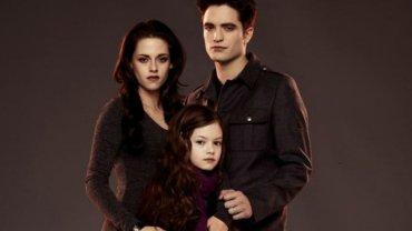 """Pami�tacie c�rk� Belli i Edwarda ze """"Zmierzchu""""? Dzi� ma 14 lat i jest prze�liczna"""
