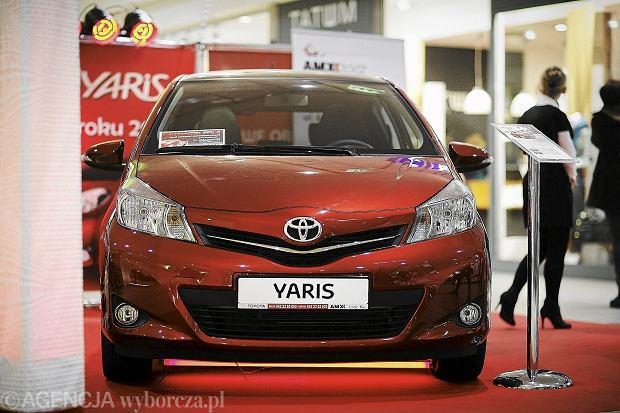Yaris, Corolla i Avensis wezwane do serwisu. Toyota ostrzega przed usterk� poduszki powietrznej