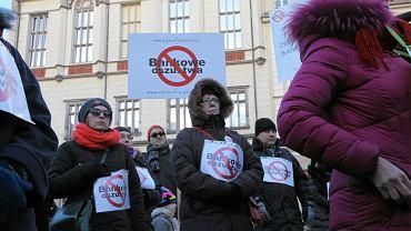 Wrocław, protest osób mających kredyty we frankach szwajcarskich