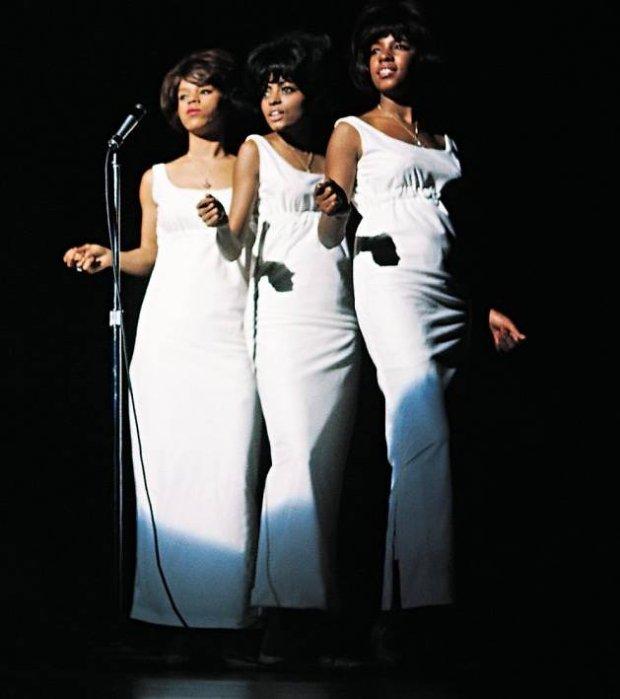 Do Bożego Narodzenia pozostało już naprawdę niewiele czasu, dlatego przypominamy największe gwiazdkowe przeboje, śpiewane przez najpopularniejsze żeńskie grupy. Od The Supremes, przez Spice Girls i Destiny's Child - świąteczne girls power w jednym miejscu!