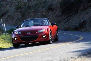 Jubileuszowa Mazda MX-5 wyprzedana w 10 minut!