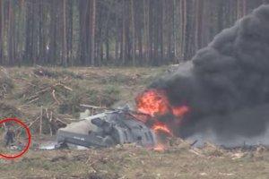 Kamera uchwyci�a katastrof� rosyjskiego �mig�owca wojskowego. Dramatyczne nagranie