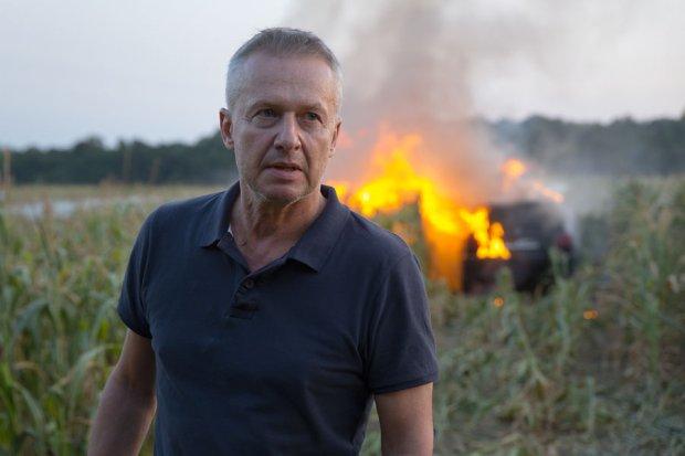 """Patryk Vega wraca z """"Pitbullem"""" i policjantami z mokotowskiej komendy. """"Nowe Porządki"""" trafią do kin w 2016 roku."""