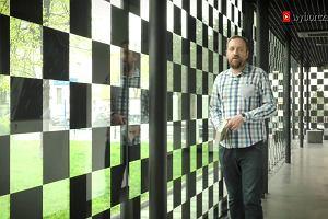 """Jak to było i jest być chłopakiem z Woli? Jerzy Sosnowski gościem programu """"Nogaś na stronie"""""""