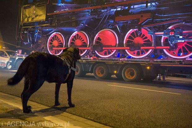 Zdjęcie numer 13 w galerii - Lech Poznań ma już swoją lokomotywę. Parowóz stanął przed stadionem przy Bułgarskiej