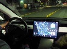 Problemy Tesli z Autopilotem. Wymowne wideo