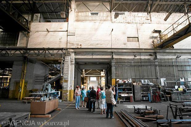 Zdjęcie numer 13 w galerii - Zwiedzali 150-letnią fabrykę obrabiarek na Wilczaku [ZDJĘCIA]
