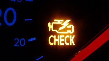 Przykładowa kontrolka Check Engine