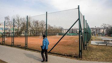 Korty tenisowe przy ul. Abrahama. Bydgoska Spółdzielnia Mieszkaniowa chce, by zastąpił je blok