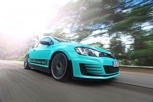 Volkswagen Golf GTI | Tuning w kolorze mi�ty