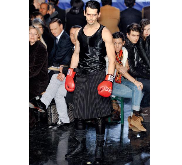Jean Paul Gaultier: władca kiczu, moda męska, logo z klasą, Spódniczki u facetów wcale nie są objawem zniewieścienia noszą je Szkoci czy Hindusi