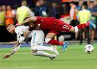 Sergio Ramos faulował Salaha celowo? Wcześniej zachowywał się podobnie [WIDEO]