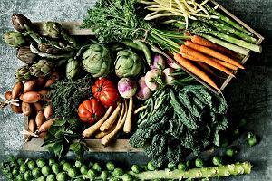 7 warzyw, które możesz jeść bez ograniczeń, bo prawie nie mają kalorii
