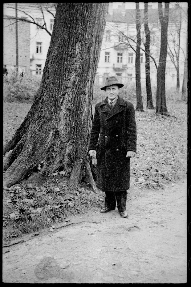 Zdjęcie numer 2 w galerii - Zdarzyło się... 1 listopada 1936 roku. Niepublikowane zdjęcia sprzed 81 lat