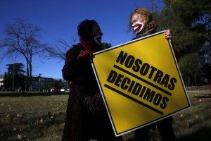 Hiszpania: rz�d chce ograniczy� prawo do aborcji. B�dzie podobnie jak w Polsce?