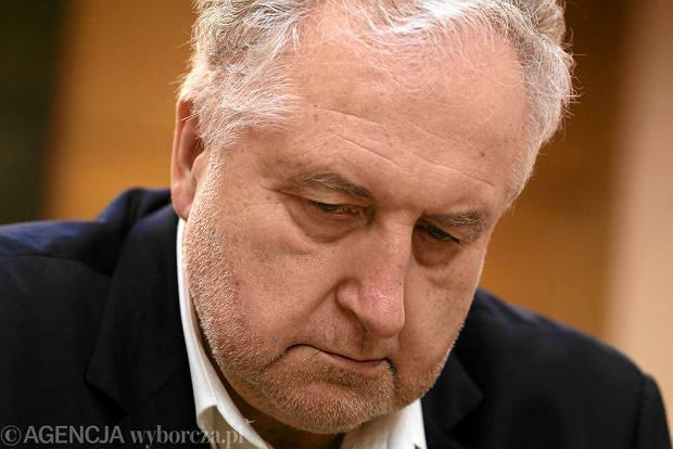 Prezes Trybuna�u Konstytucyjnego Andrzej Rzepli�ski krytykuje now� ustaw� o TK