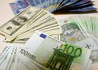 Dolar poniżej 4 zł, euro nadal drogie