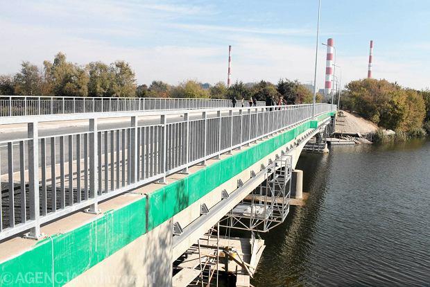 Remont mostku na Sadybie trwa� tyle co budowa A2
