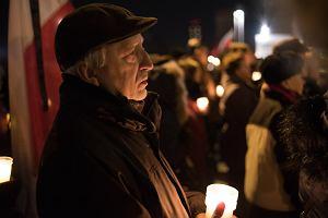 """Kulminacja protestów w obronie sądów we Wrocławiu. """"Na pl. Wolności, której zostało nam niewiele"""" [RELACJA]"""