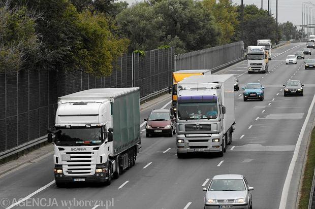 Abolicja dla tir�w za niep�acenie drogowego e-myta
