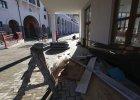 Zachodni dziennikarze lamentuj� w Soczi: br�zowa woda w kranie, bezdomny pies w hotelu, wszystko brudne