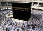 """Holenderscy robotnicy przeszli na islam, by wyremontowa� meczet w Mekce. """"Za zmian� religii grozi �mier�"""""""
