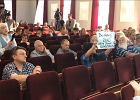 Awantura na spotkaniu z marszałkiem Terleckim (PiS) w Radomiu. Okazało się, że wśród publiczności są również krytycy partii rządzącej.