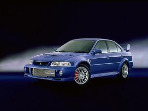 Wybierz najlepszą generację Mitsubishi Lancera Evo