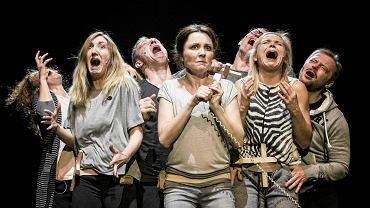 Spektakl 'Klątwa', reż. Oliver Frljić, Teatr Powszechny w Warszawie