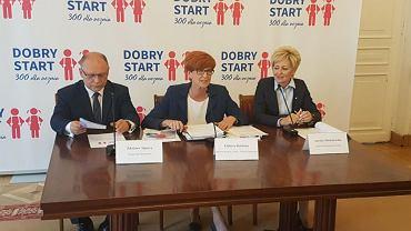 Briefing minister Elżbiety Rafalskiej w sprawie wprowadzenia świadczenia 'Dobry Start'