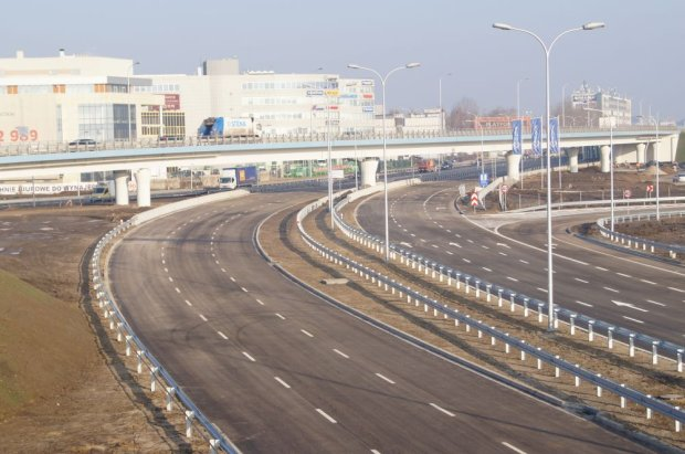 Otwieraj� nowy dojazd do autostrady A2 [MAPA i ZDJ�CIA]