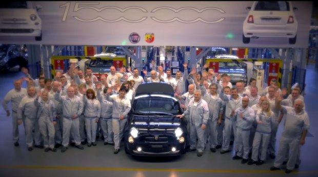 �wi�teczne �yczenia od pracownik�w fabryki Fiata w Tychach