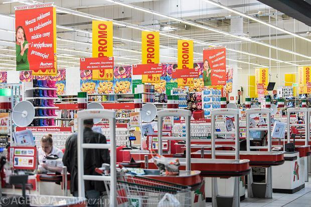 Zakupy w supermarkecie.