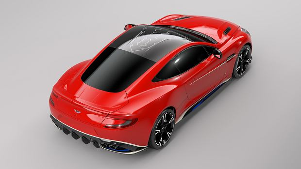 Aston Martin Vanquish S   W hołdzie pilotom