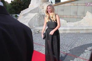 Marcelina Zawadzka zamiast spódnicy miała... abażur od lampy?! A najdziwniejsze, że wyglądała w tym świetnie